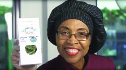 """Flint-based Charma's Green Chips rides wave of consumers love of """"everything kale"""""""
