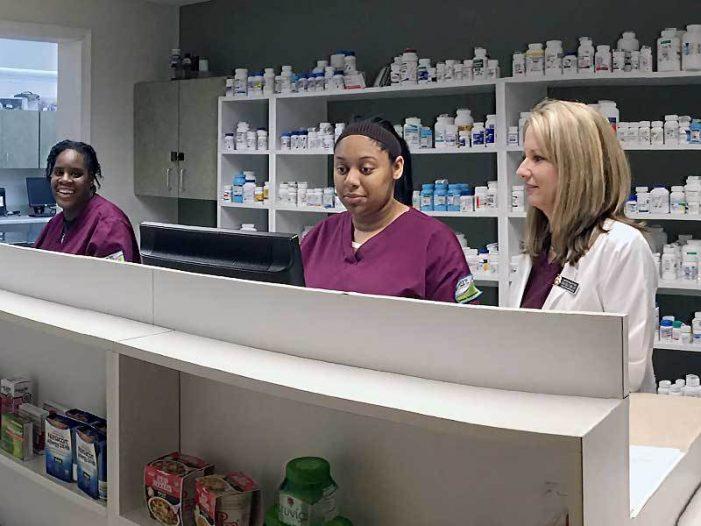 Charter Health Care center celebrates new accreditation for pharmacy tech program