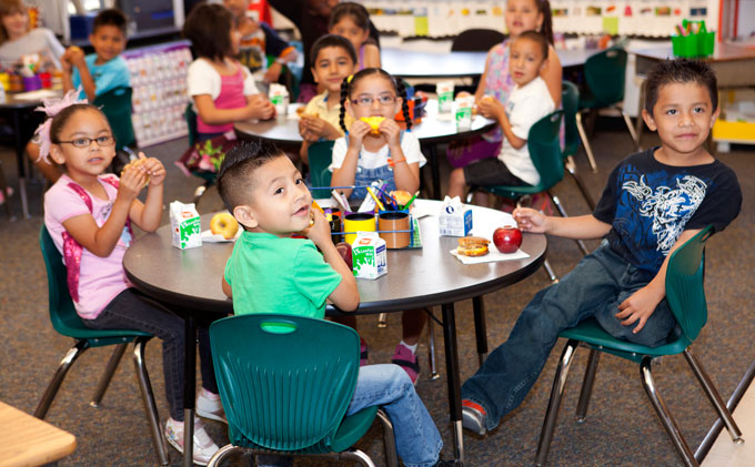 Grant strengthens Center for Civil Justice's work to increase student nutrition