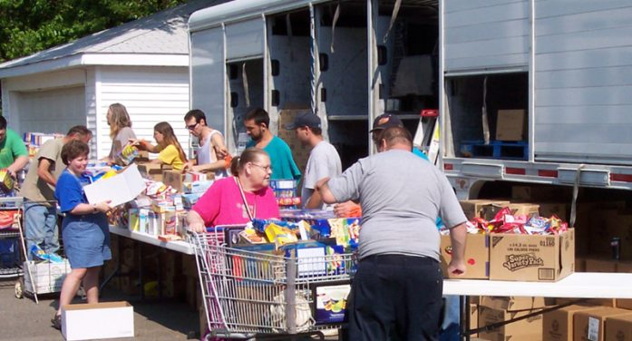 August welcomes food pantry's monthly neighborhood tour